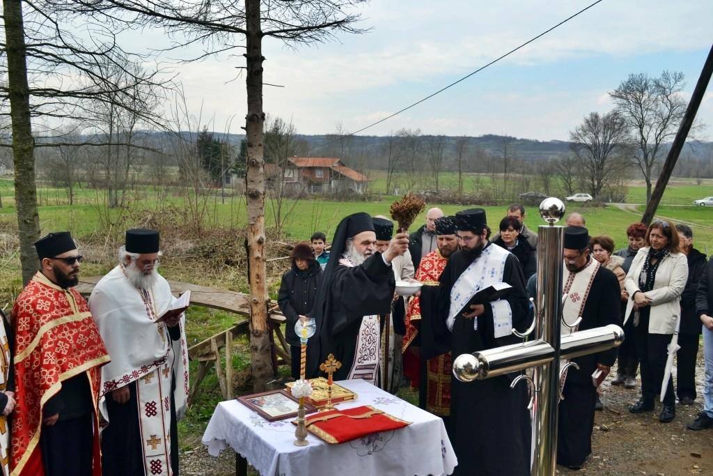 Освећење крстова у Буковици 29.03.2015.