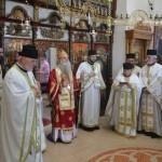 Света Архијерејска Литургија у Лазарици