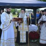 Освећење Крста на месту подизања храма Вазнесења Господњег у Обрежу