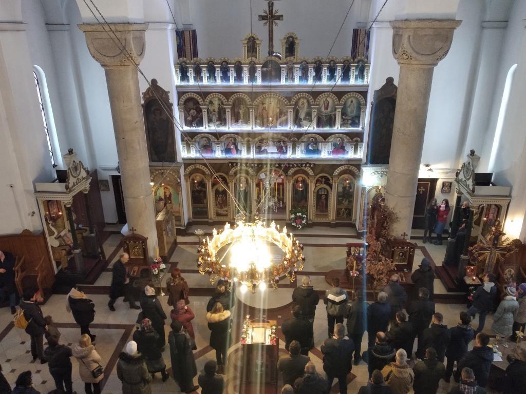 Бадњи дан и Божић у трстеничком храму Свете Тројице (11)